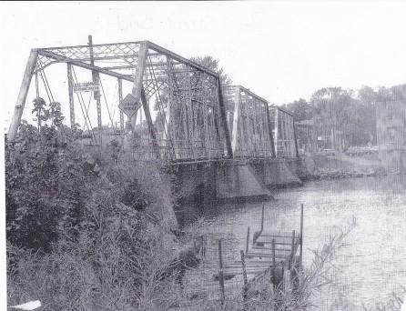 Pearl Street Bridge - Old Bridge